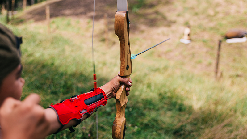 wooden-bow-shoot
