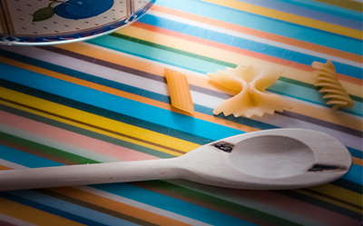 wooden-spoon-color